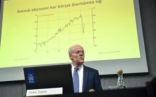 Sveriges reporänta ligger kvar på noll procent.