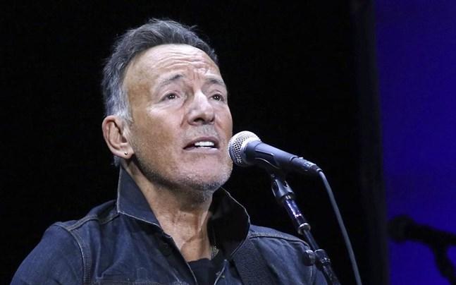 Bruce Springsteen ville inte blåsa i alkomätaren när han greps av polisen. Arkivbild.
