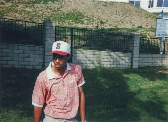 """Tiger Woods barndom, uppgång, fall och comeback skildras i dokumentären """"Tiger"""". Pressbild."""