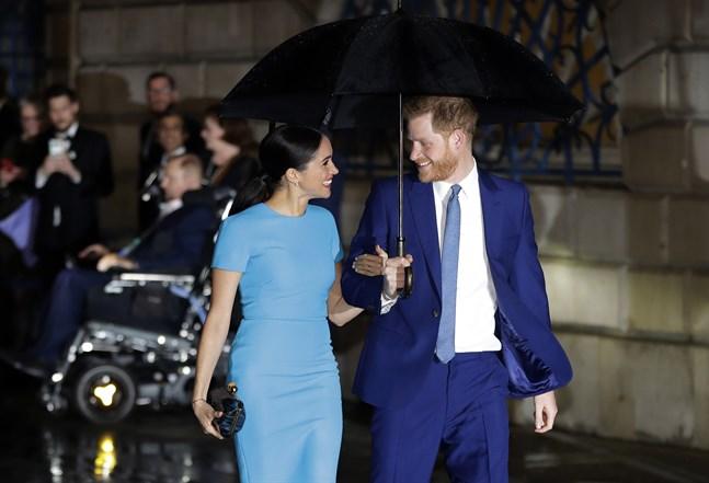 Hertigen och hertiginnan av Sussex, Harry och Meghan, i London i mars i fjol.