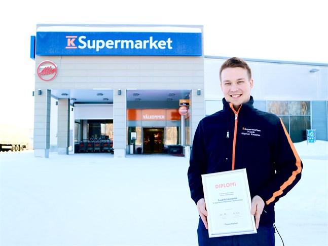 Fredrik Lönnqvist kan efter ett år som köpman stoltsera med utmärkelsen årets nykomling 2020.