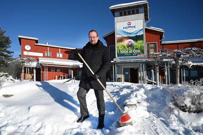 Bara det bli snöfritt, då kan vi köra igång, säger nya verksamhetsledaren Petter Lillvik.