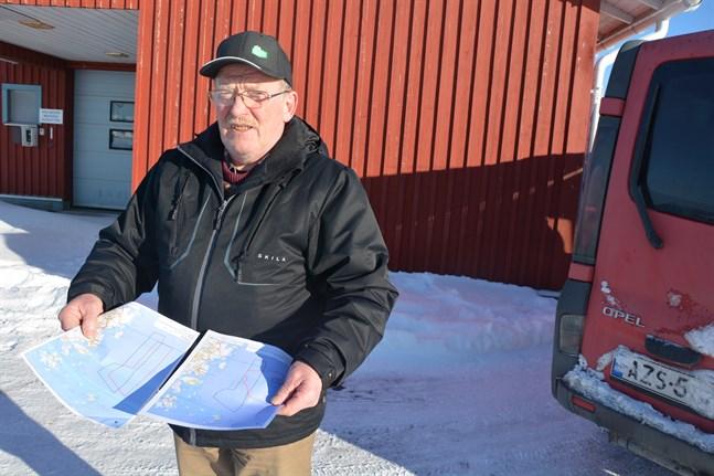 Vindkraftsområdet har ändrats, men Håkan Wester anser att kraftverken fortsättningsvis placeras för nära land. Han är emot hela projektet.