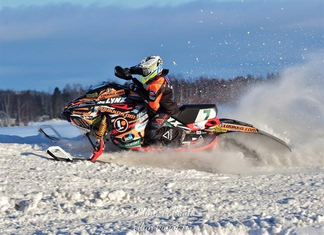 Nykarlebykillen Emil Hertén bokade andraplatsen i helgens tävlingar i Uleåborg.