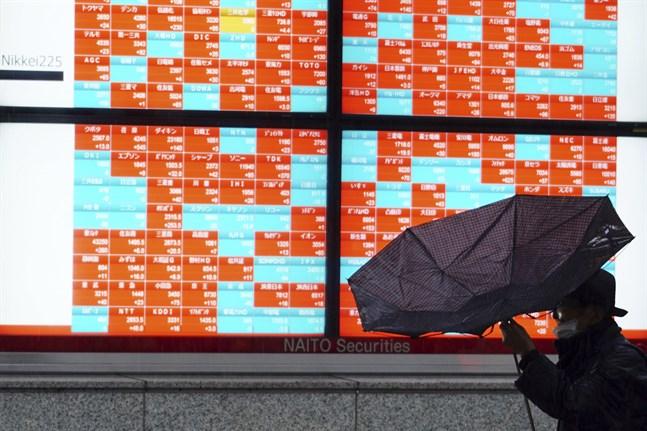 Börserna i Asien avslutade veckan med både upp coh nedgångar. Arkivbild.