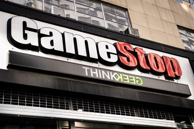 Hysterin kring handeln i Gamestop nådde under gårdagen USA:s representanthus där bland andra nätmäklaren Robinhoods vd Vlad Tenev frågades ut.