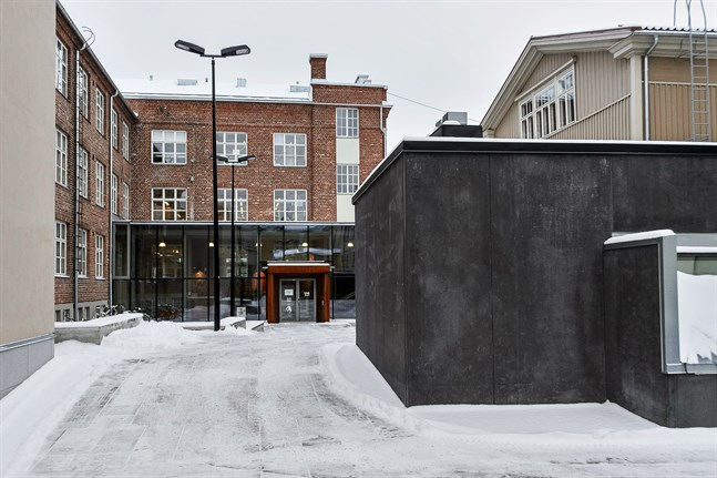 Innergården vid Campus Allegro i Jakobstad.