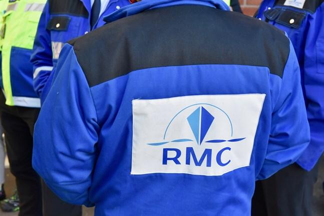 Flera hundra personer som arbetar vid varvet Rauma Marine Constructions har bekräftats ha covid-19.