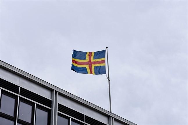 På fredagen rapporterades 27 nya fall av covid-19 på Åland.
