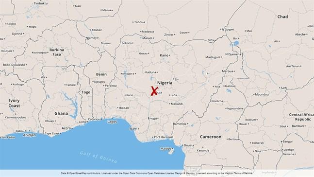 Ett militärflygplan har kraschat utanför Nigerias huvudstad Abuja. Sju människor omkom i olyckan.
