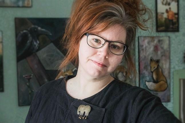 Alexandra Sandbäck fortsätter som ordförande för Bildkonstföreningen Jakarte.