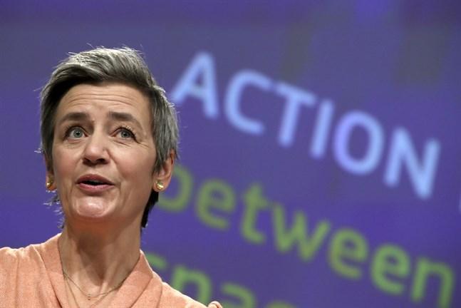 EU:s digitaliseringskommissionär Margrethe Vestager vill förlänga och förbättra nuvarande roamingregler i tio år till. Arkivfoto.