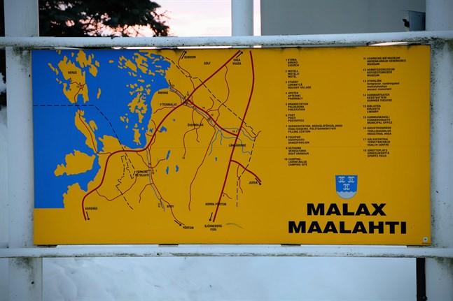Vindkraft kan ritas in på Malax karta också i framtiden. Kommunen inför inget minimiavstånd. Varje projekt bedöms var för sig.