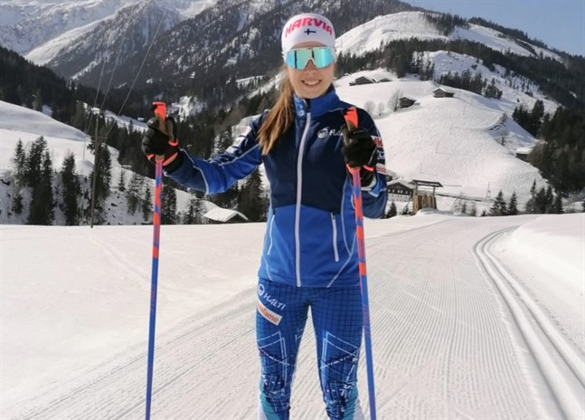 VM-terrängen i österrikiska Obertilliach bjuder Larsmo IF:s Rebecca Sandnäs på lite andra utmaningar än banan i Holm.
