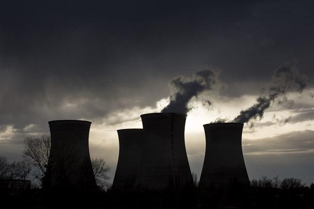 Franska kärnkraftverk drivs längre.