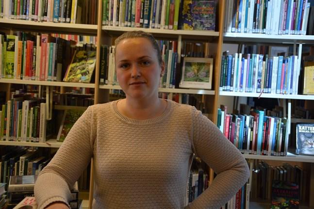 Magdalena Udd berättar att samtliga i bibliotekspersonalen exponerats för corona.