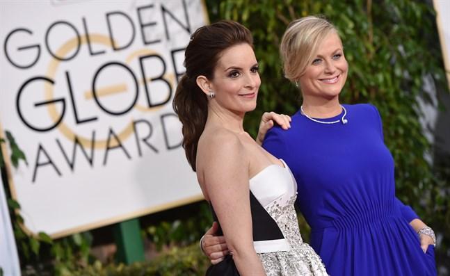 Tina Fey och Amy Poehler är programledare för årets Golden Globe-gala. Arkivbild.