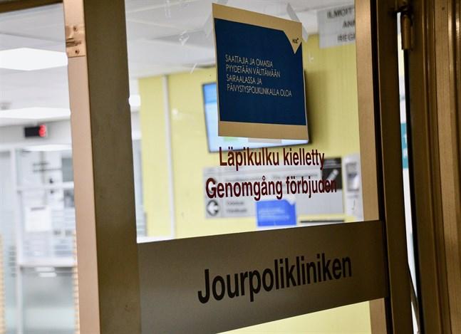 I slutet av mars uppskattas antalet coronapatienter på sjukhusen vara högre än i nuläget.