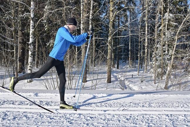 Under den pågående helgen är Finlandialoppets traditionella rutt öppen för skidåkare.