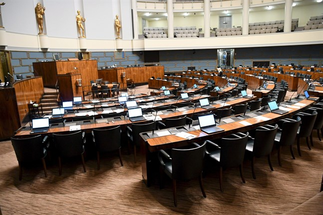Riksdagsledamöter kan ha exponerats för coronaviruset i torsdags.