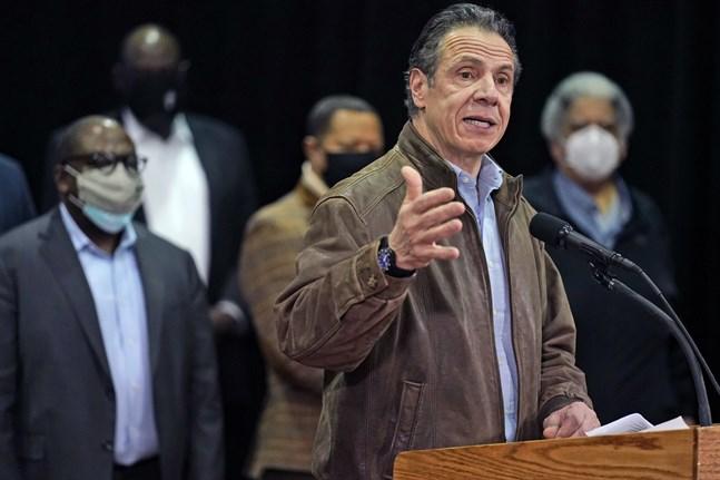 Delstaten New Yorks guvernör Andrew Cuomo anklagas för sexuella närmanden mot medarbetare. Arkivbild.