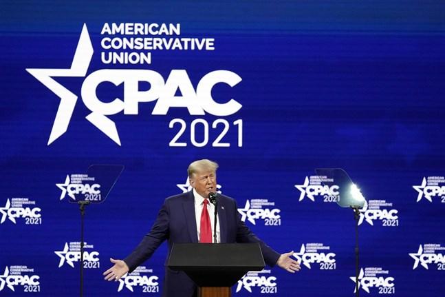 USA:s förre president Donald Trump under sitt tal i Orlando, Florida.