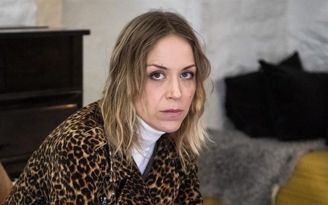 """Fida Hyvönen är aktuell med sitt album """"Dream of indepencence"""", som släpps den 5 mars."""