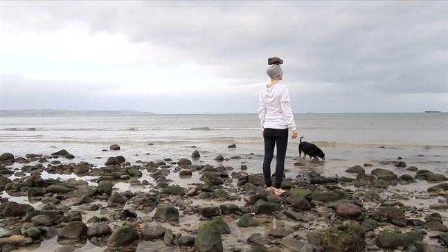 """Sylvia Javéns videoverk """"a poem for the stones"""" visas just nu på en utställning i Vasa."""