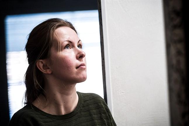 Marja-Leena Hyytinen säger att sorgeprocessen är svår när svärfaderns död blev så chockartad.