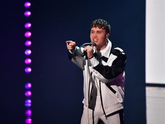 Efraim Leo under Melodifestivalens fjärde deltävling.