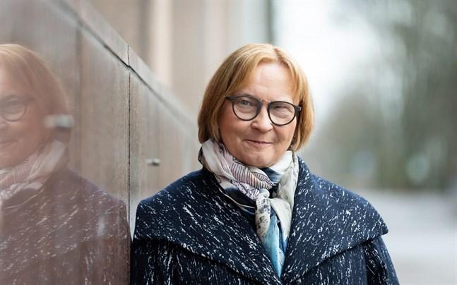 En utvidgad och förenklad rätt att arbeta skulle göra det lättare att anställa asylsökande, anser diskrimineringsombudsman Kristina Stenman.