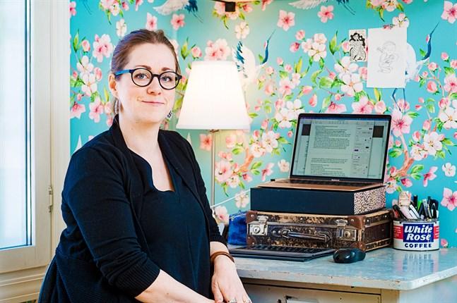 """När Malin Klingenberg skrev boken """"Främlingarna"""" utgick hon från ett språkligt missförstånd, som hon hört om av sin dotter."""