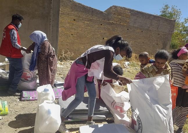 Etiopiska Röda Korset hjälper utsatta i Tigray, bild från december.