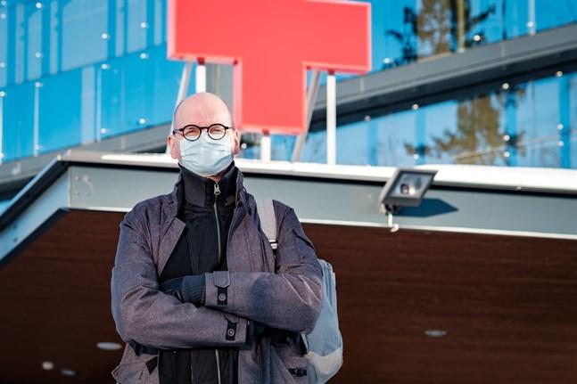 Stadens ledande överläkare Heikki Kaukoranta kallar beslutet för orättvist.