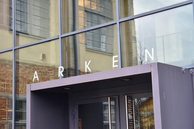 Fakulteten för humaniora, psykologi och teologi vid Åbo Akademi är inhysta i byggnaden Arken.