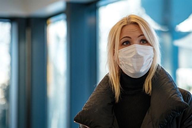 Sjukvårdsdirektör Marina Kinnunen kan äntligen komma med glädjande nyheter.