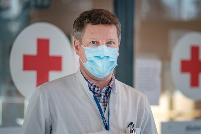 Infektionsöverläkare Juha Salonen befarar att smittorna från norra delarna av distriktet kan sprida sig söderut.