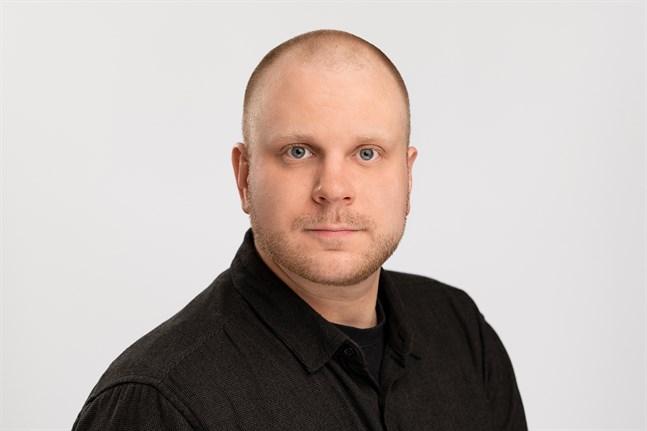 Mikael Liikanen studerar till bildkonstnär (YH), fotografering, Campus Allegro, Jakobstad