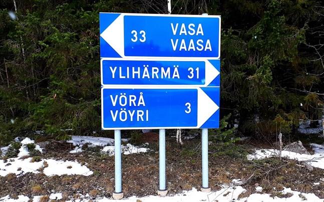 Pettersbacka är närmare Ylihärmä än Vörå.