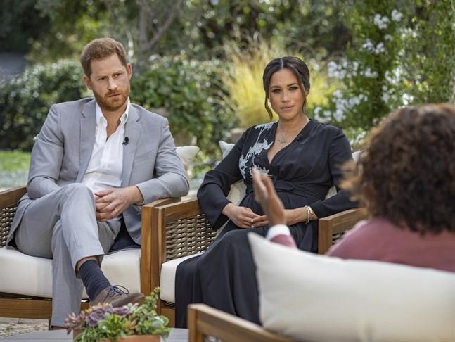 Meghan Markle, hertiginna av Sussex, med maken prins Harry, under intervjun med Oprah Winfrey.