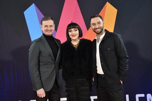 Christer Björkman, Shima Niavarani och Måns Zelmerlöw leder Melodifestivalfinalen.