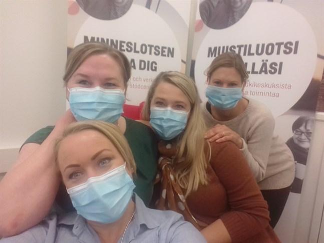 Eeva Ehn, Kirsi Ahllund, Henna Minkkinen och Katja Kurunsaari-Lassila.