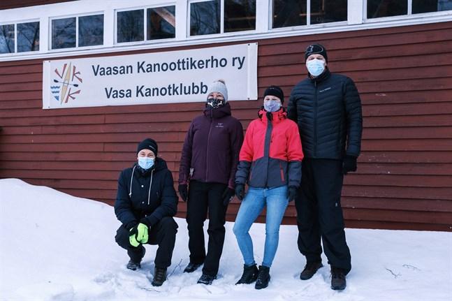 Tomas Jansson, Hanna Wilamo, Tina Hellman och Rauno Alanen är medlemmar i Vasa kanotklubb.