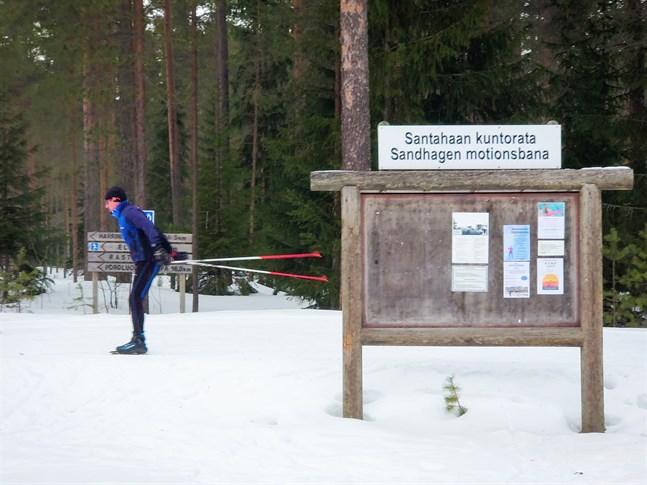 Sandhagens motionsbana har blivit ett populärt skidområde i Karleby.