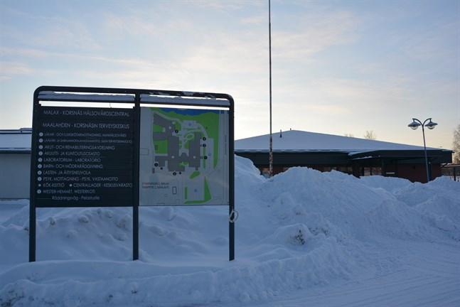 Ska Korsnäs sälja sin andel i fastigheten där Malax-Korsnäs hälsovårdscentral finns? Frågan har väckts i en motion i Korsnäs.