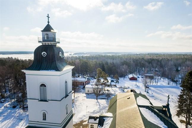 Finlands evangelisk-lutherska kyrka har att hela tiden förnya sig, för att upplevas som relevant, skriver Sixten Ekstrand.