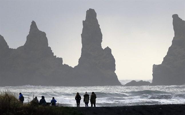 Island hoppas på fler turister. Bilden är från Vik.