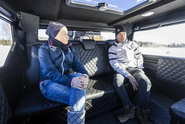 Maria Stenbacka och Joakim Nygård startade West Coast Rib Charter i somras. Det gick så bra att Maria nu kan jobba med företaget på heltid.