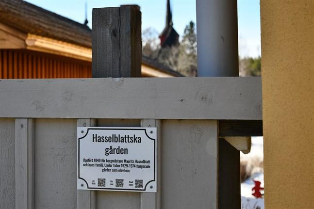 Husskyltprojektet i Kristinestad har startat.