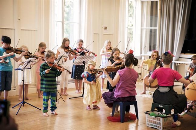 Så här kan det se ut på Martin Wegelius-institutets musikläger.